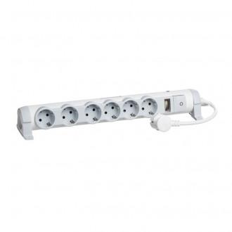 Удлинитель на 6 розеток с индикатором перегрузки кабель 3 м