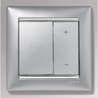 Рамка алюминий/серебряный штрих, Valena