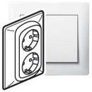 Двойная розетка с автоматическими клеммами с защитными шторками белая, Galea Life (комплект 5 шт.)