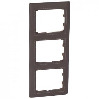 Рамка из натуральной кожи 3 поста вертикальная коричневая, Galea Life