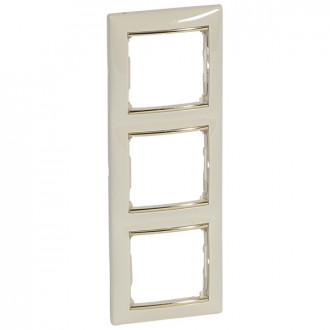 Рамка 3 поста слоновая кость/золотой штрих, Valena (комплект 2 шт.)
