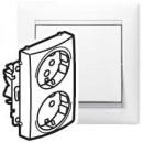 Розеточный блок специальный с защитными шторками белый, Valena