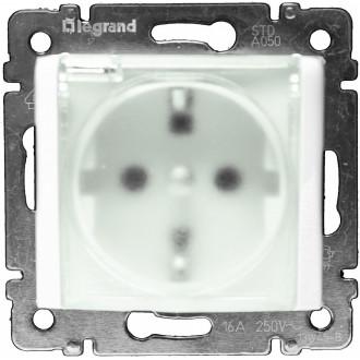 Розетка влагозащищенная IP 44 с защитными шторками белая, Valena
